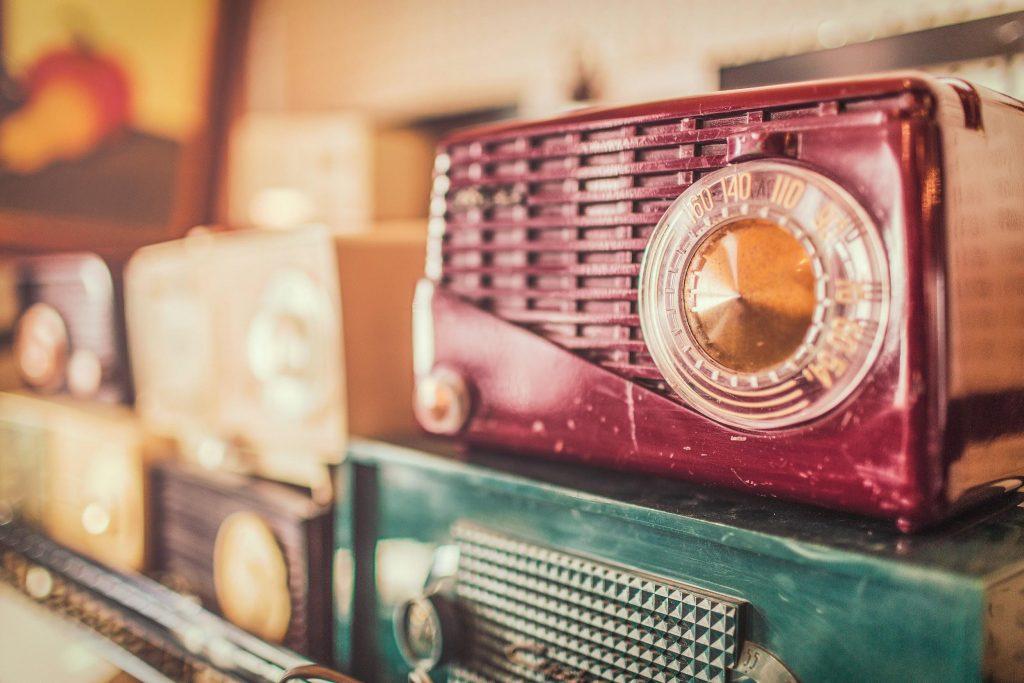 Gambaran Radio